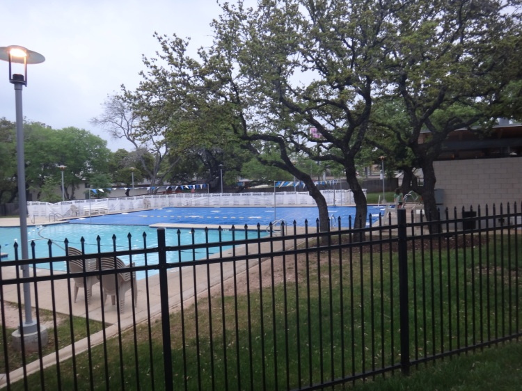 The covered outdoor pool on my first disappointing day.